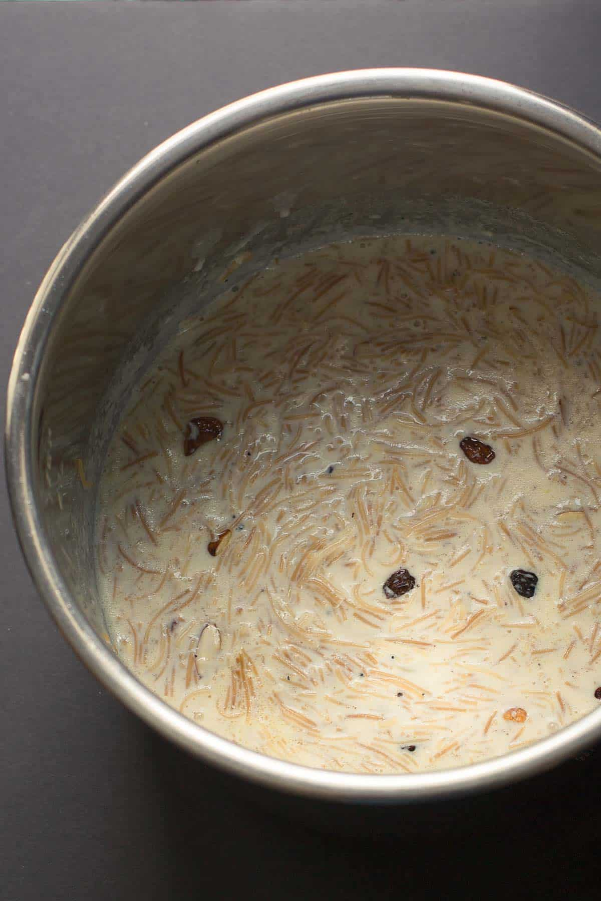 Seviyan kheer made using an Instant Pot