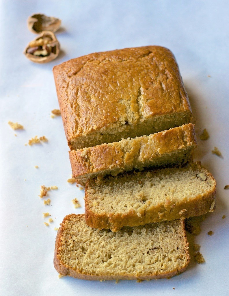 A quick and easy way to make healthy and moist Banana bread that you can whip up using your blender in no time!