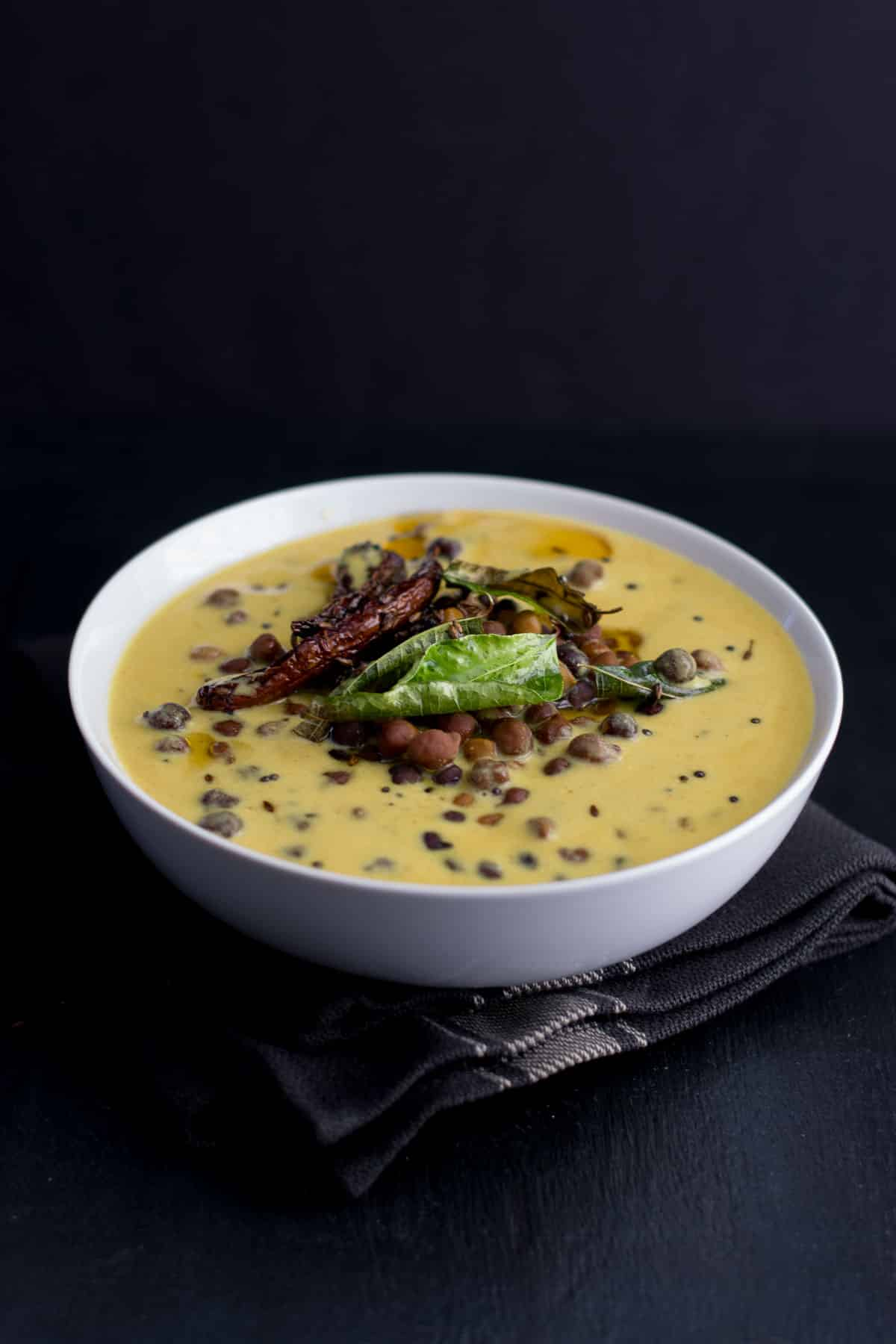 Kaale Channe Ki Kadhi Recipe
