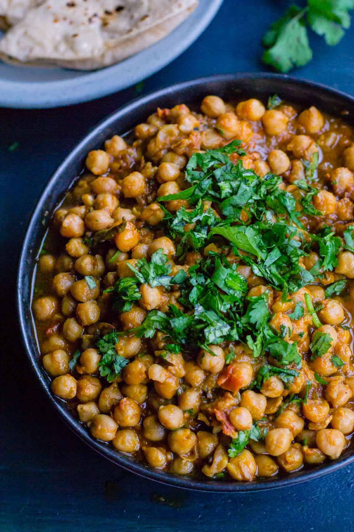 Chana masala recipe make chickpea curry in an instant pot you will love this delicious one pot pressure cooked chana masala indian chickpea forumfinder Gallery