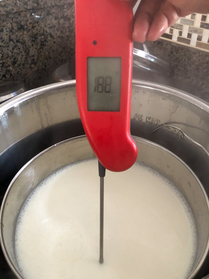 Thermometer reading showing 180 degrees F