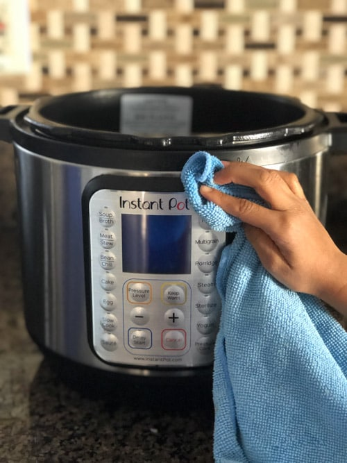Cleaning Instant Pot exterior